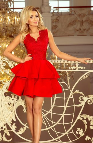 Sukienka mocno rozkloszowana czerwona