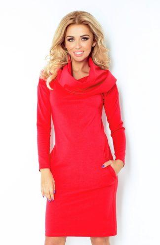 Sukienka z dużym golfem czerwona