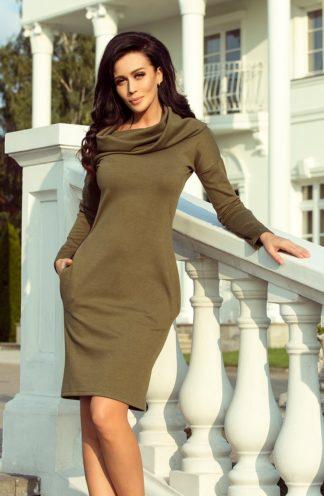 Sukienka z dużym golfem khaki