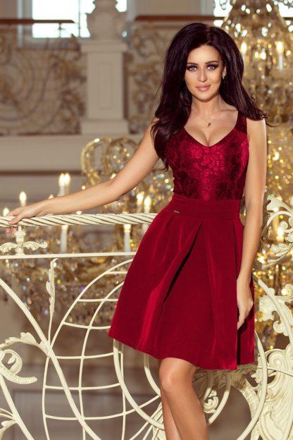Sukienka z zakładkami i koronką bordowa