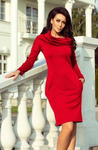 Sukienka z dużym golfem głęboka czerwień