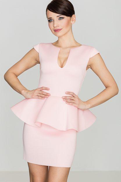 Dopasowana sukienka z baskinką różowa