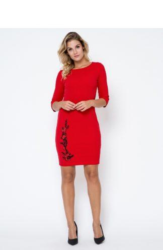 Sukienka z kwiatowym haftem czerwona