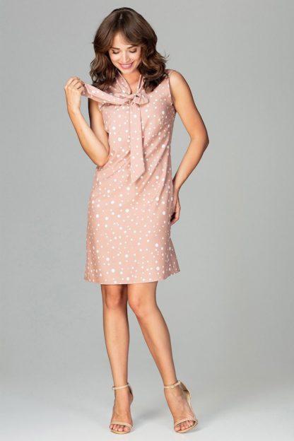 Sukienka do pracy z kokardą w kropki beżowa