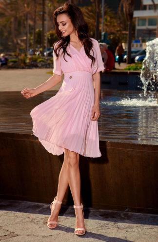 Plisowana sukienka z dekoltem róż