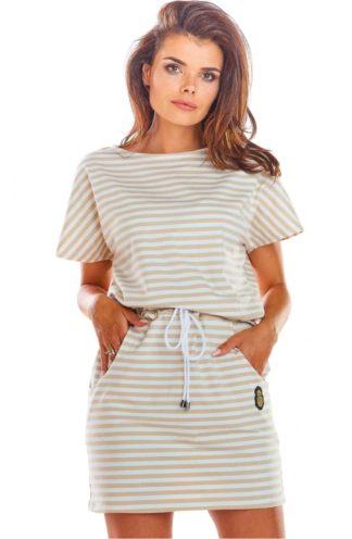 Sportowa sukienka w paski z kieszeniami beżowa