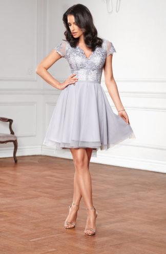 Sukienka z wyszywaną górą i tiulowym dołem