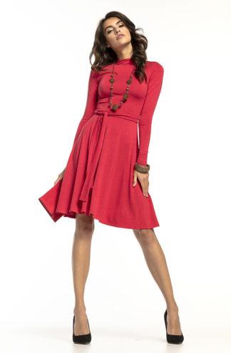 Elegancka sukienka z golfem czerwona