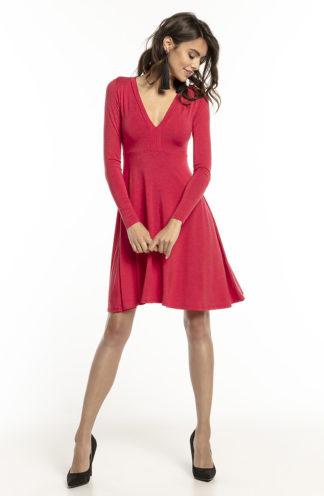 Rozkloszowana sukienka z dopasowaną górą czerwona