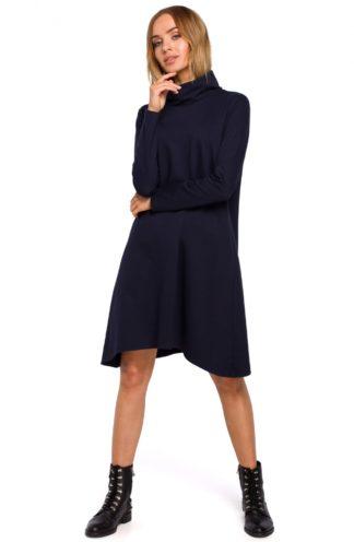 Asymetryczna sukienka z golfem granatowa