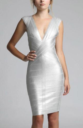 Dopasowana srebrna mini sukienka