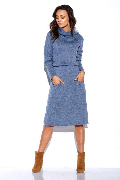 Sukienka swetrowa z golfem niebieska