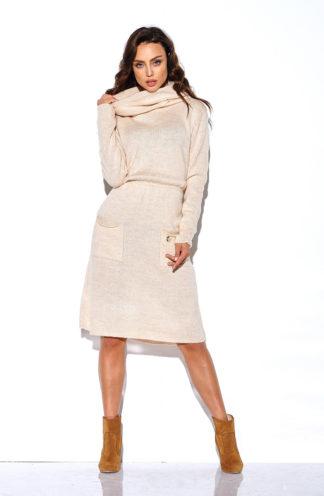 Sukienka swetrowa z golfem beżowa