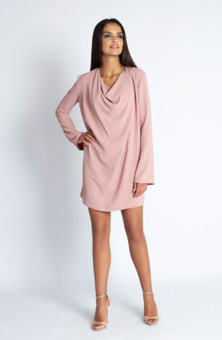 Sukienka z luźnym dekoltem różowa