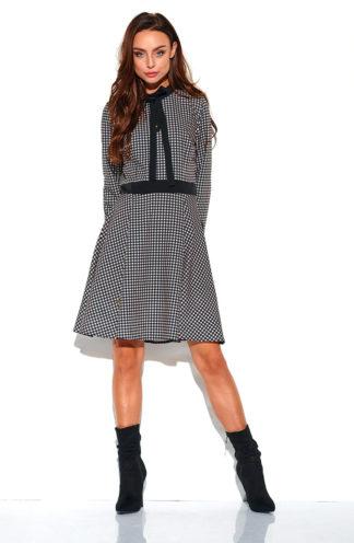 Sukienka z wiązaniem w kratę czarna