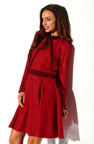 Sukienka z wiązaniem w kratę czerwona