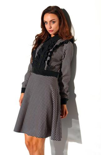 Sukienka z żabotem w kratę czarna