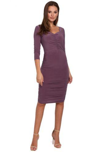 Ołówkowa sukienka z marszczeniem fioletowa