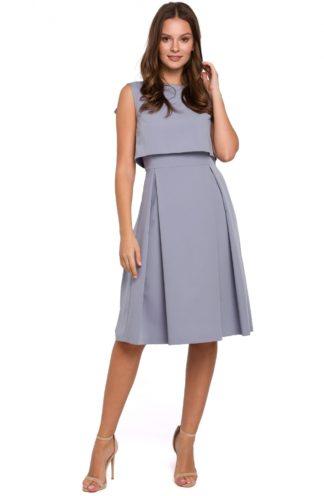 Elegancka sukienka z zakładkami szara