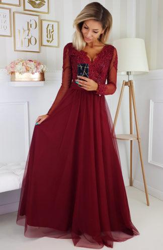 Tiulowa sukienka maxi z haftem