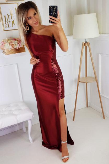 Satynowa sukienka maxi z cekinami