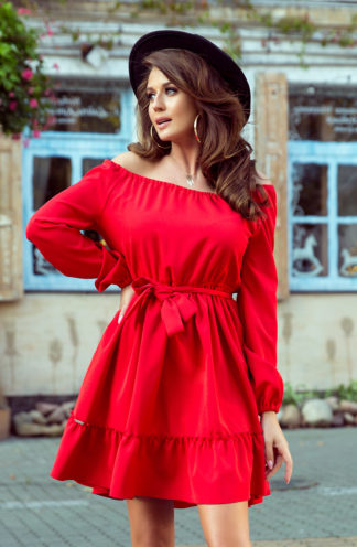 Elegancka sukienka hiszpanka z rękawem czerwona