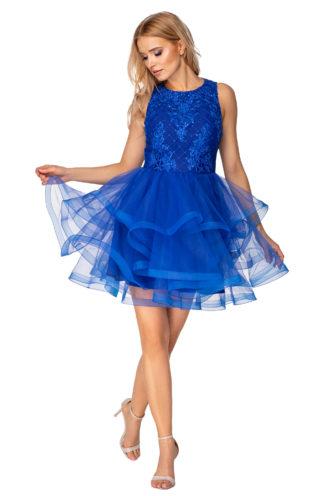 Koktajlowa sukienka z tiulowym dołem