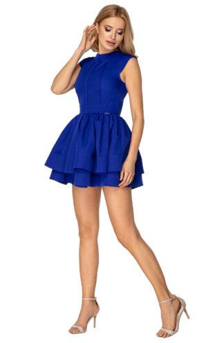 Rozkloszowana sukienka na stójce