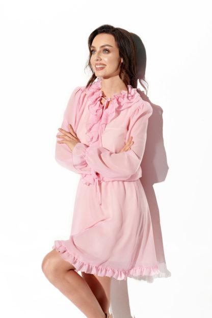 Szyfonowa sukienka z żabotem różowa