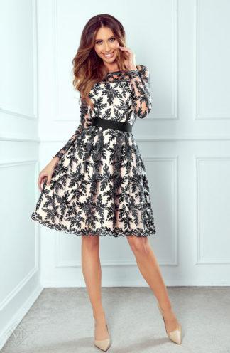 Rozkloszowana sukienka z haftem czarna