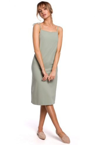 Prosta sukienka na ramiączkach pistacjowa