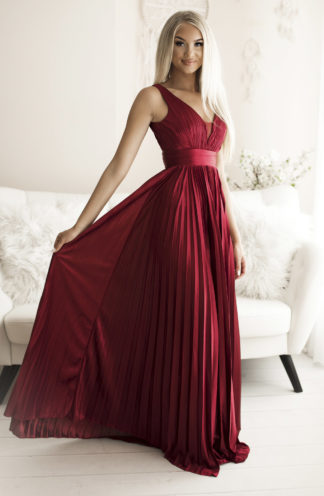 Plisowana długa suknia bordowa