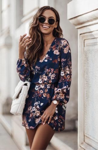 Sukienka mini z gumką w pasie w kwiaty