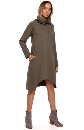Asymetryczna sukienka z szerokim golfem khaki