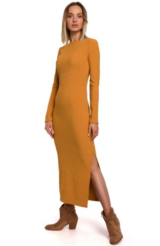 Długa sukienka z dzianiny musztardowa