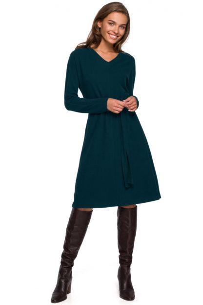 Rozkloszowana sukienka do pracy zielona