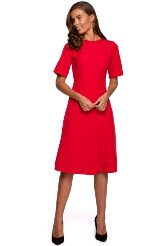Elegancka sukienka z kopertowym dołem czerwona