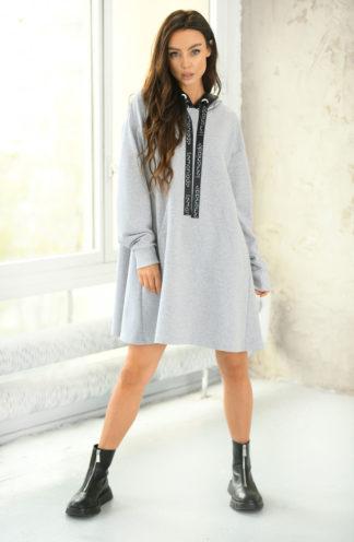 Trapezowa sukienka dresowa z kapturem szara