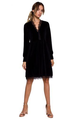 Welurowa sukienka z koronką czarna