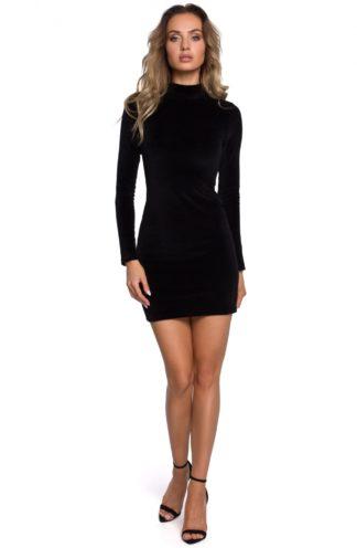 Welurowa sukienka z golfem czarna