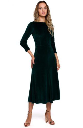 Rozkloszowana sukienka z weluru zielona