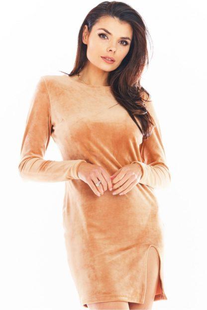 Welurowa mini sukienka z rękawem beżowa