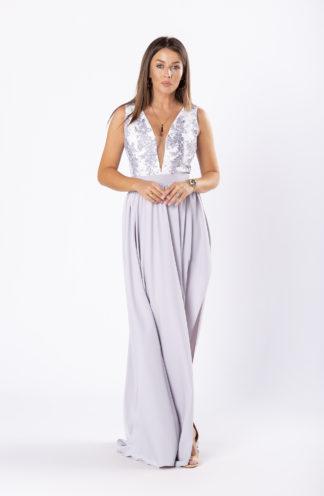Suknia maxi z głębokim dekoltem