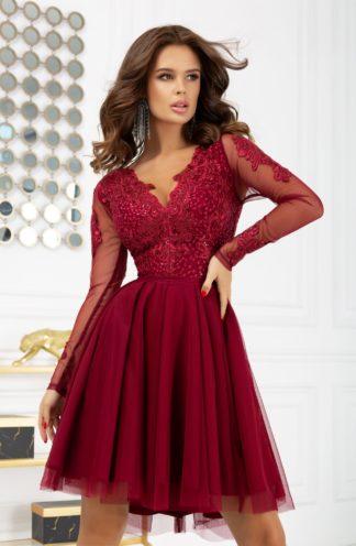 Sukienka na wesele z rękawami i tiulowym dołem bordowa