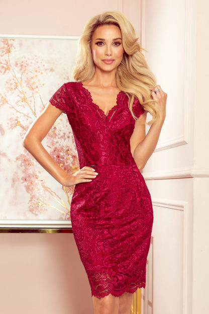 Koronkowa sukienka mini bordowa