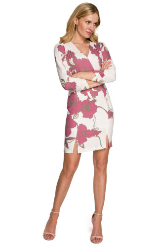 Kopertowa sukienka w kwiaty różowa