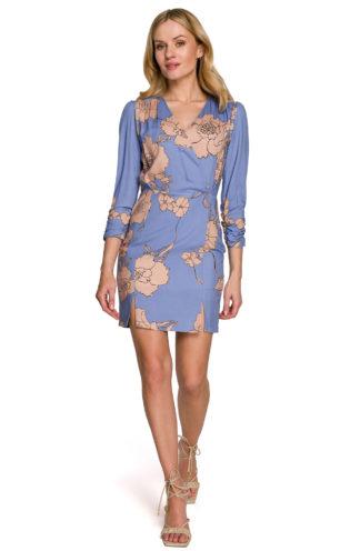 Kopertowa sukienka w kwiaty niebieska
