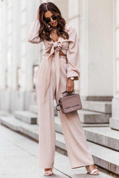 Komplet z wiązaną bluzką beżowy