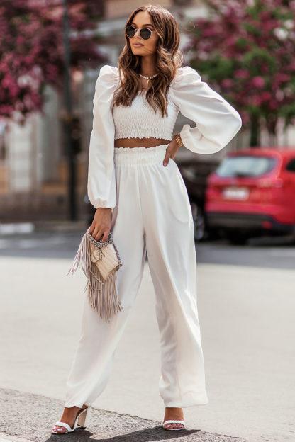Komplet z marszczoną bluzką i spodniami ecru