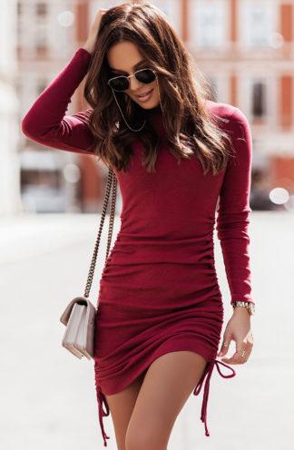 Dopasowana sukienka ze ściągaczem bordowa